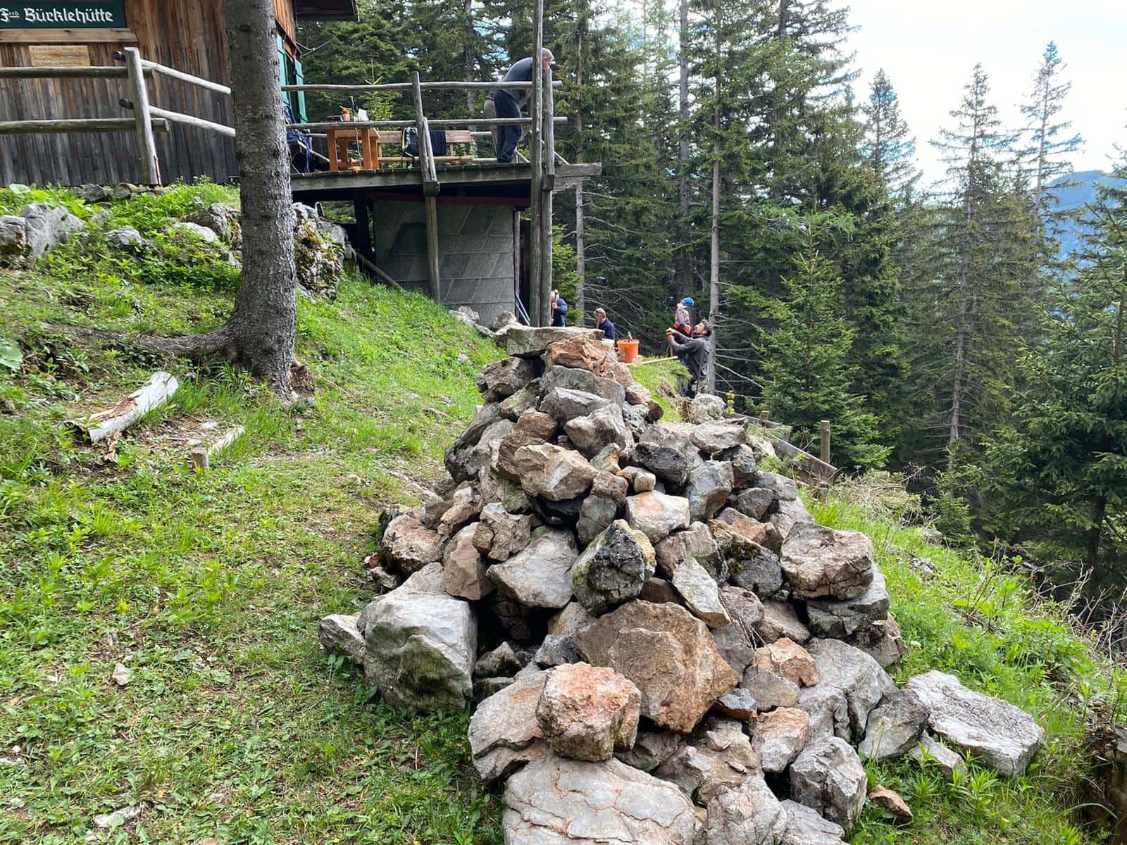 Neue Stützmauer für die Bürklehütte 2